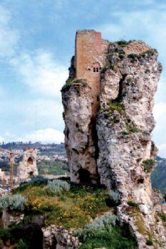 Castello Pietrarossa