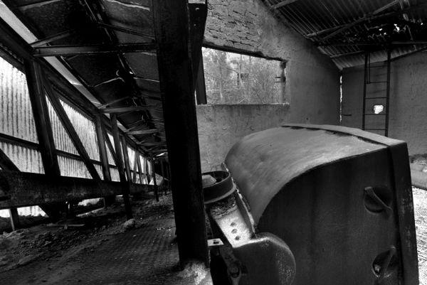 Carrello abbandonato della miniera Trabonella di Caltanissetta